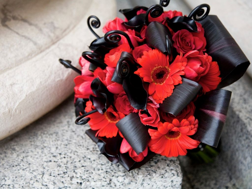 red black white wedding bouquet | Bouquets | Pinterest | White ...
