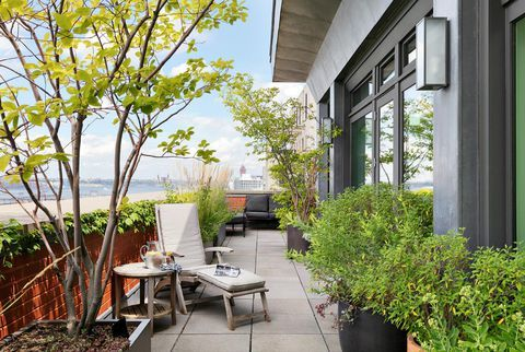 Meryl Streep's Waterfront NYC Penthouse Sold for $15.8 ...
