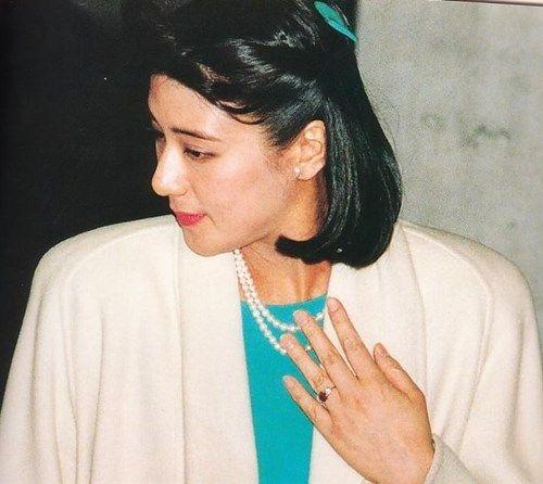 1993 1 19まさこ 美智子様から贈られたルビーの指輪   雅子様, ルビー ...