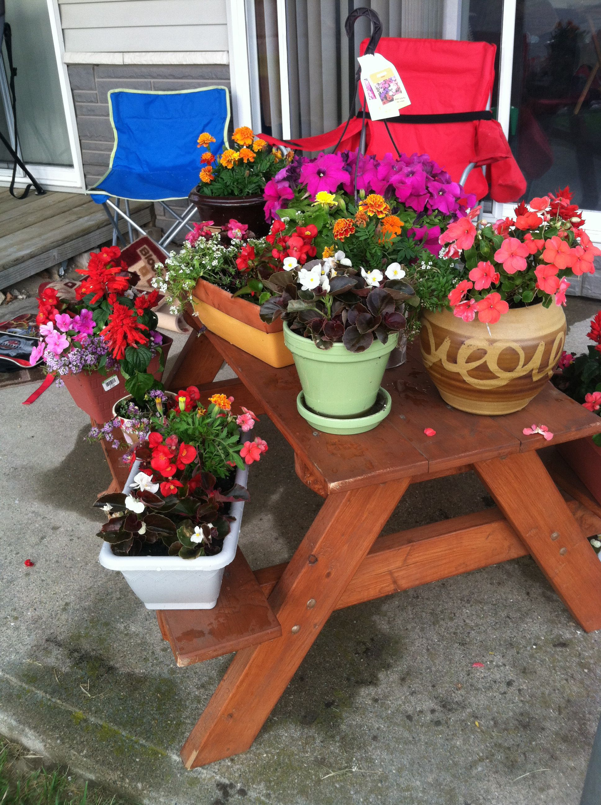 Picnic Table Plant Stand