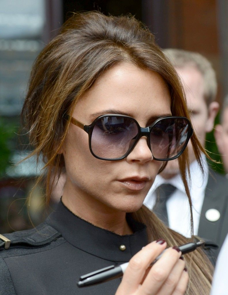 99676a7757 Victoria Beckham in her favourite Cutler and Gross 0811 sunglasses ...