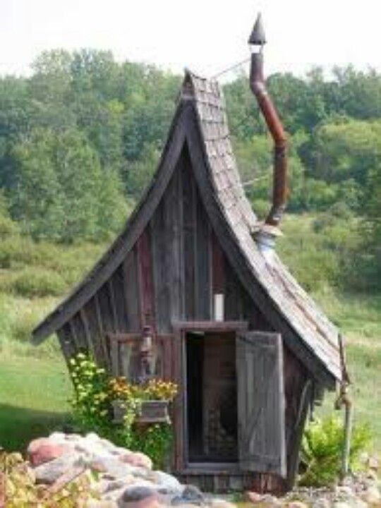 Dr Seuss garden shed, love it!!