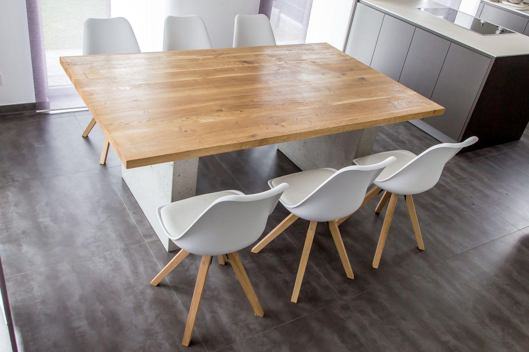 Tisch Aus Eiche Mit Betonwangen Tisch Eiche Massiv Esstisch Schmale Esstische
