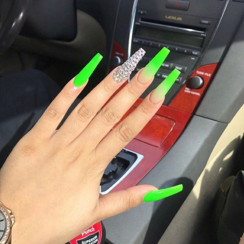 6 9k Followers On Instagram Acrylics Pick A Set Follow Glowy Barbz Me For More Summer Acrylic Nails Green Nails Green Acrylic Nails