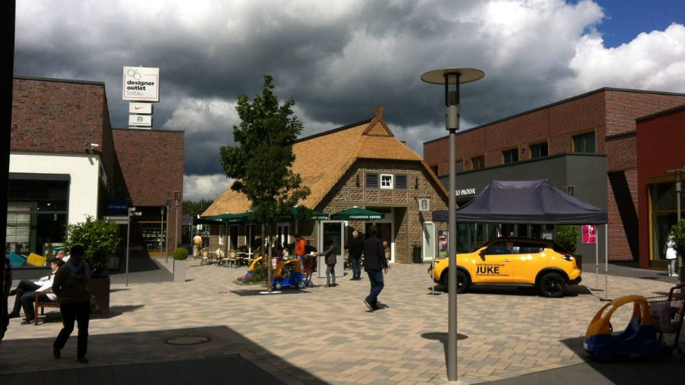 Hannover Outlet save at the soltau designer outlet factory shopping mall mall