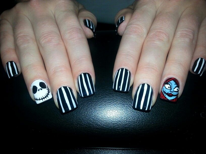 Nightmare before Christmas jack and sally nail art!! Halloween nails ...
