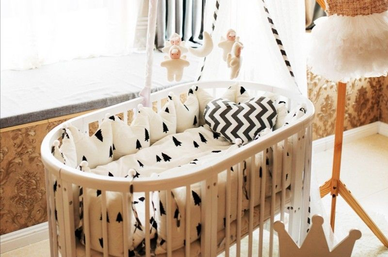 Oval Solid Wood Round Baby Cot White Hot Sale Wooden Baby Crib