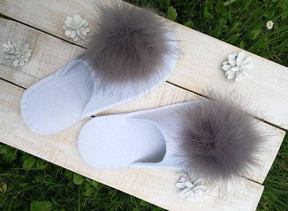 d2e7b43283934 White bridal slippers with faux fur pom pom Felt women slippers ...