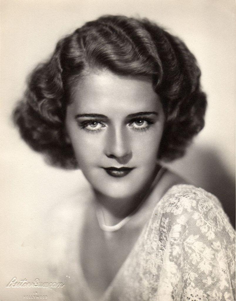 Fe Amorsolo (b. 1927),Susanna Hoffs Sex clip Sid James (1913?976),Lizan Mitchell