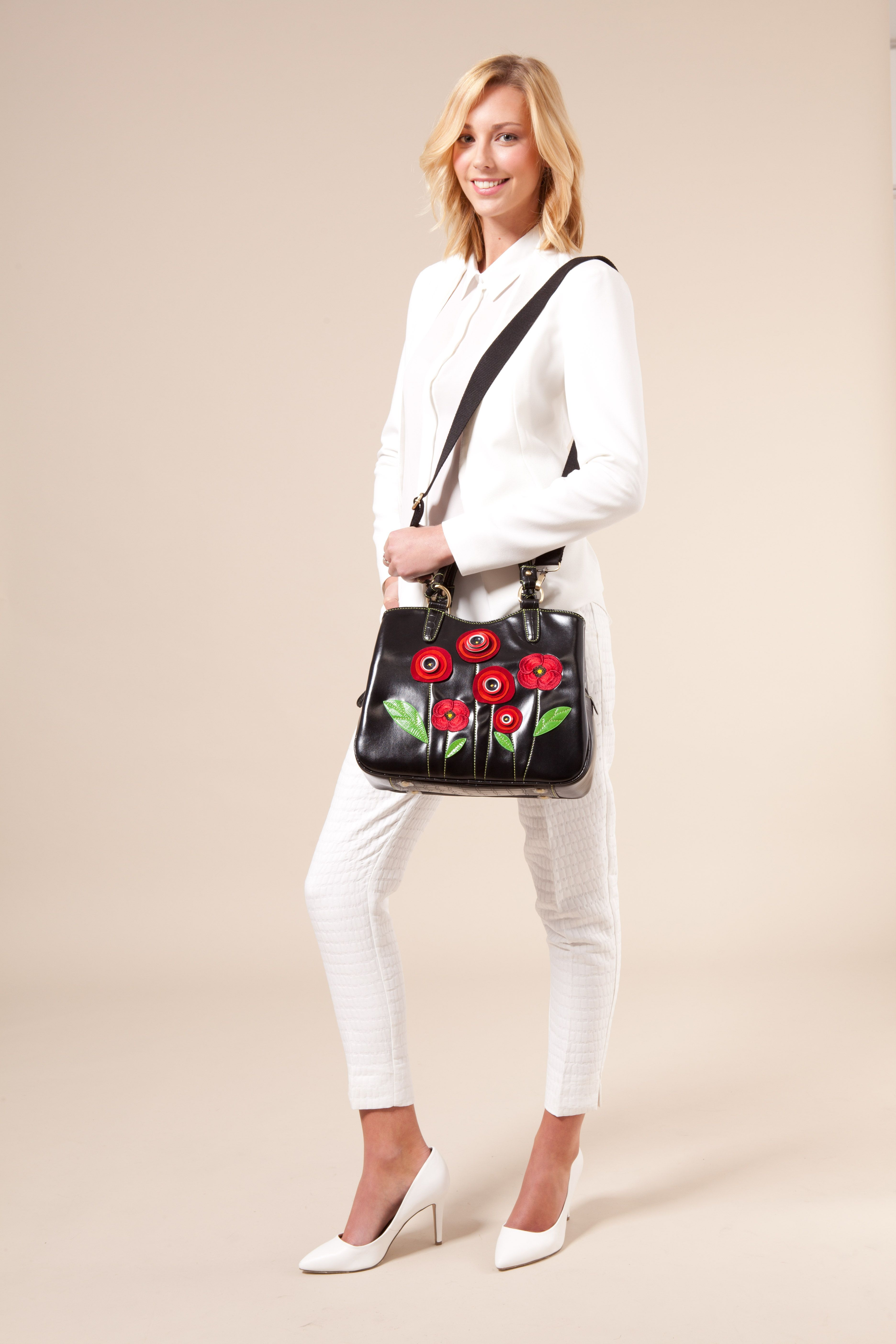 Roses are red, Violets are blue, shop at Vendula, you know you want too!