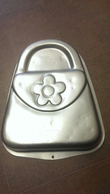 Handbag Cake Tin Available At Hobbycraft Best Way For The To Hold Its Shape Is By Using Madeira
