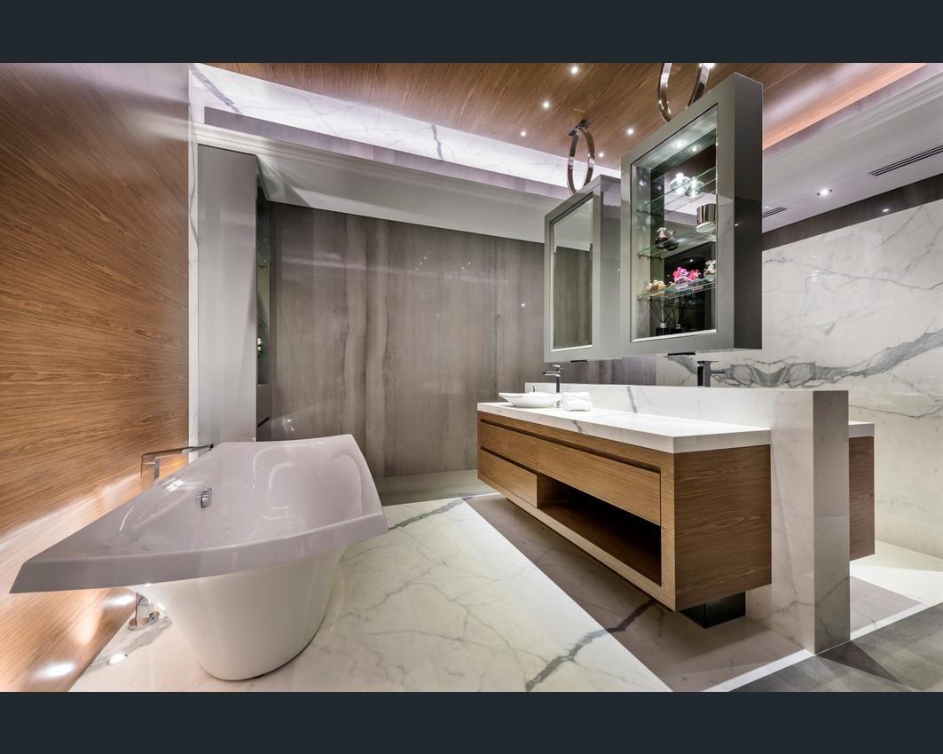 Kohler Escale freestanding bath & basin showcased in this stunning ...