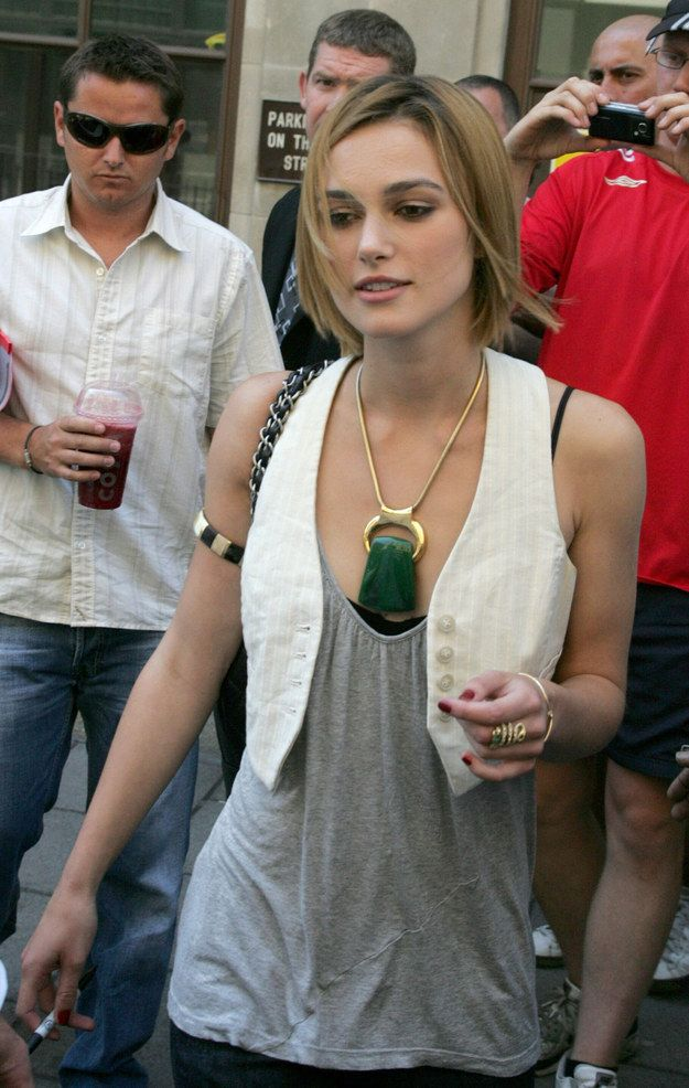 Back then she was all about mini waistcoats and oversize costume jewelry. | Just A Reminder That Keira Knightley Used To Dress Like This
