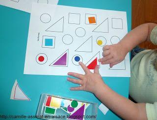 en chemin avec les enfants activit s formes pour les 2 3. Black Bedroom Furniture Sets. Home Design Ideas