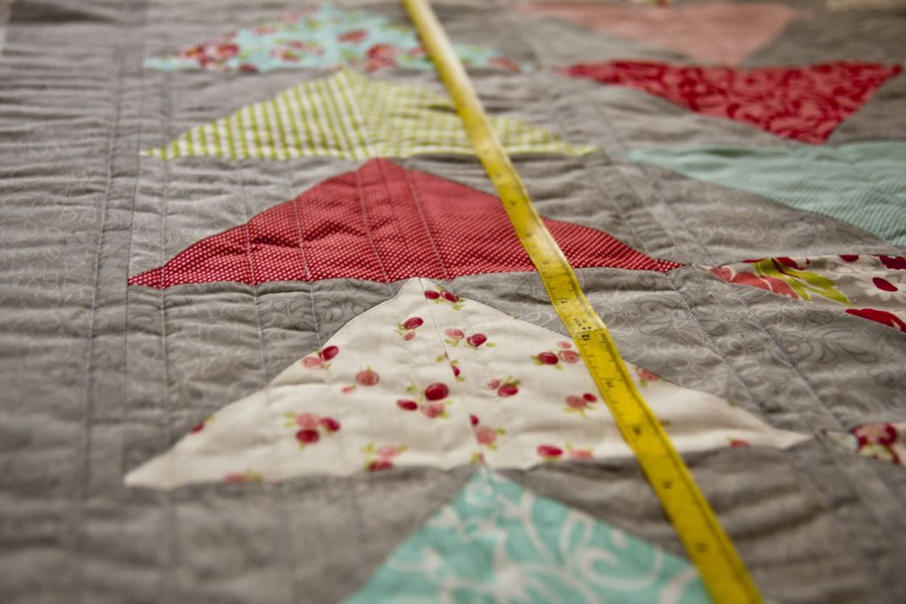 Straight Line Quiting using peel n stick ruler tape | Tutorials ... : quilting lines - Adamdwight.com