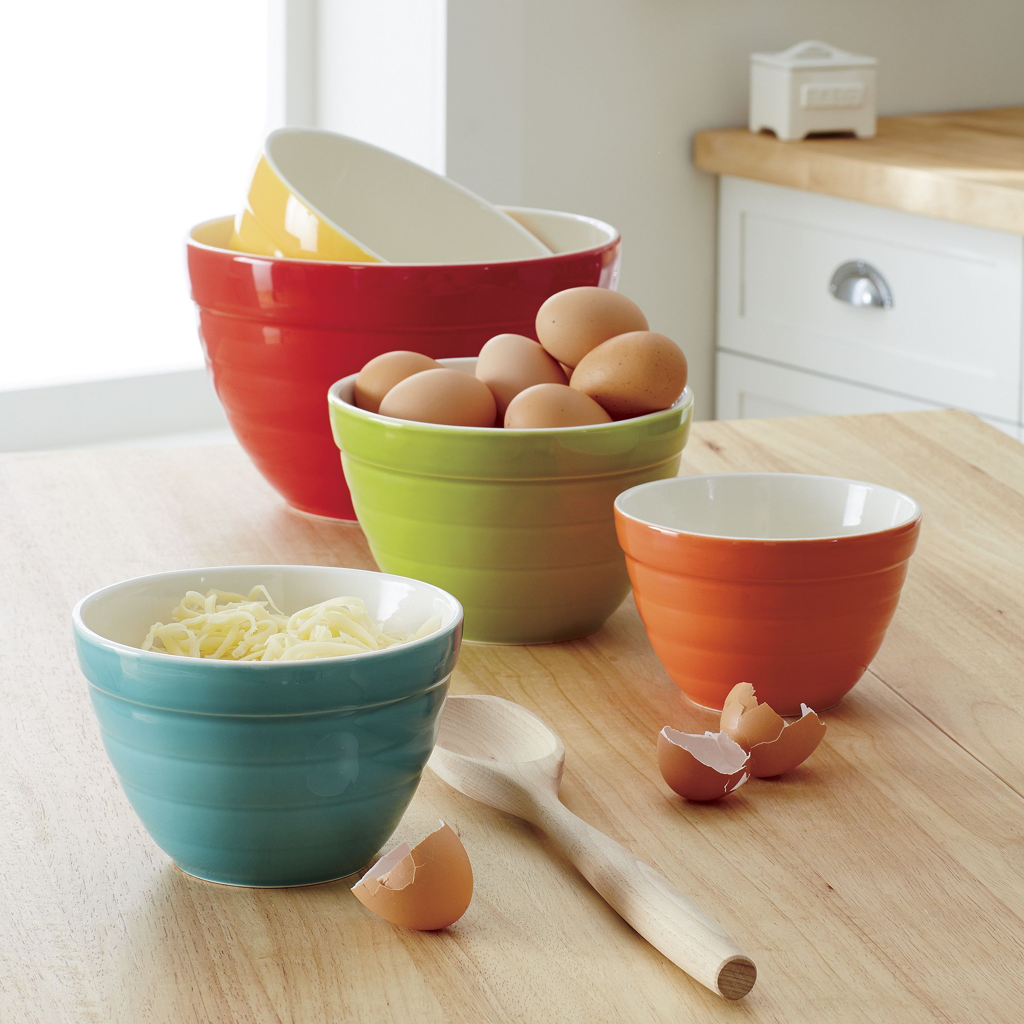 Set Of 5 Baker Nesting Bowls Crate And Barrel Crates House Beautiful Kitchens