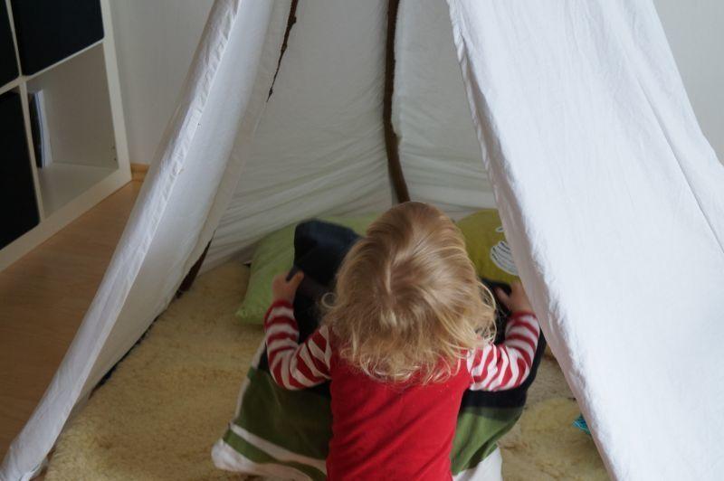 wir bauen uns ein tipi kinderzimmer einrichten und diy ideen pinterest kinder zimmer. Black Bedroom Furniture Sets. Home Design Ideas