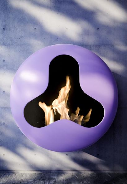 I '200' colori del calore!    BB, il nuovo caminetto a bioetanolo disegnato da Andrea Crosetta per Antrax IT    Questo esclusivo caminetto ha particolarità di avere differenti aperture, tonda, ovale e trifoglio e, inoltre, la possibilità di scegliere tra 200 varianti colore!