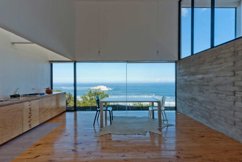 House D / By Panorama Arquitectos + WMR Arquitectos