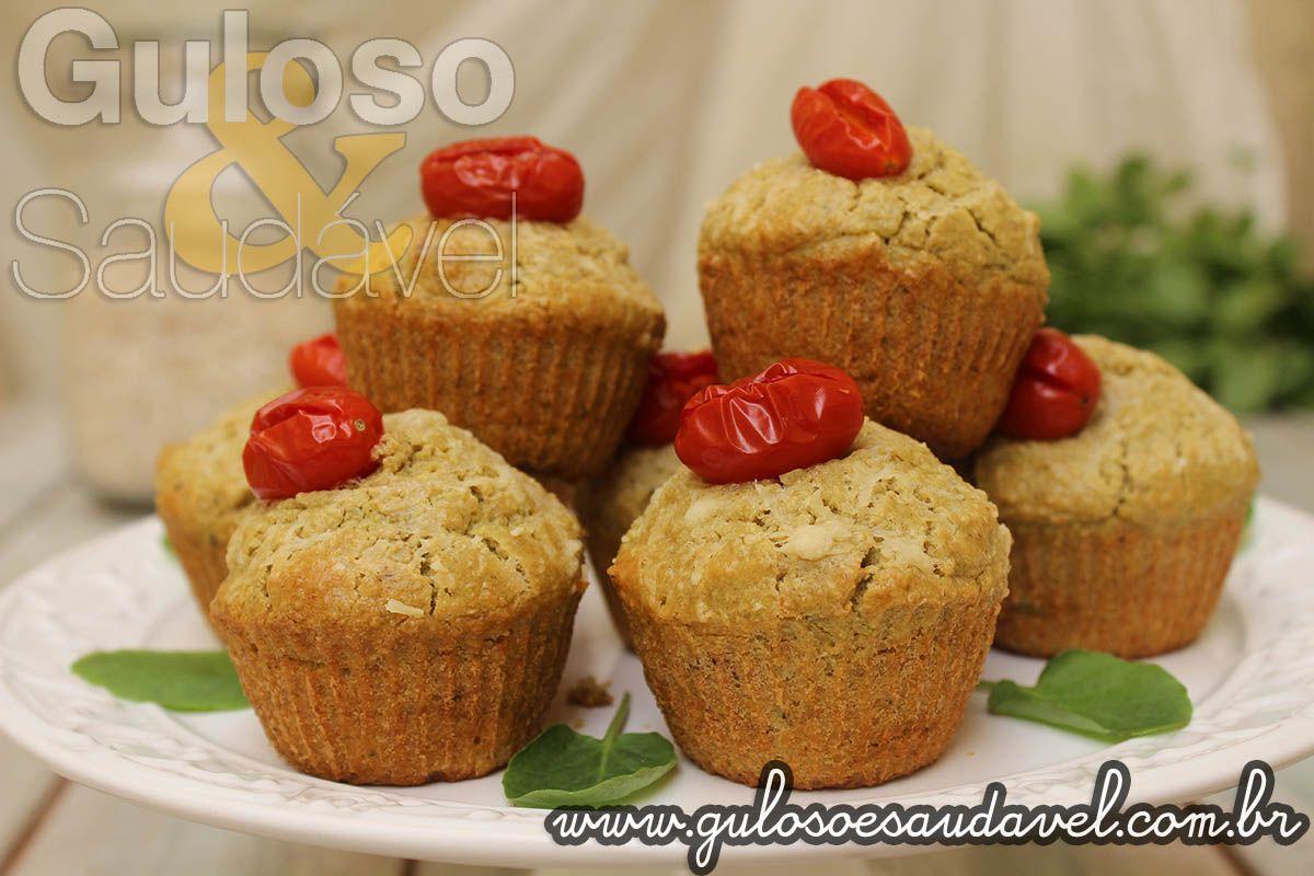 Esta é a sugestão para um #lanche saudável, delicioso e fofinho. Este Muffin Salgado de Aveia e Agrião é uma opção nutritiva e super leve!  #Receita aqui: http://www.gulosoesaudavel.com.br/2015/10/08/muffin-salgado-aveia-agriao/