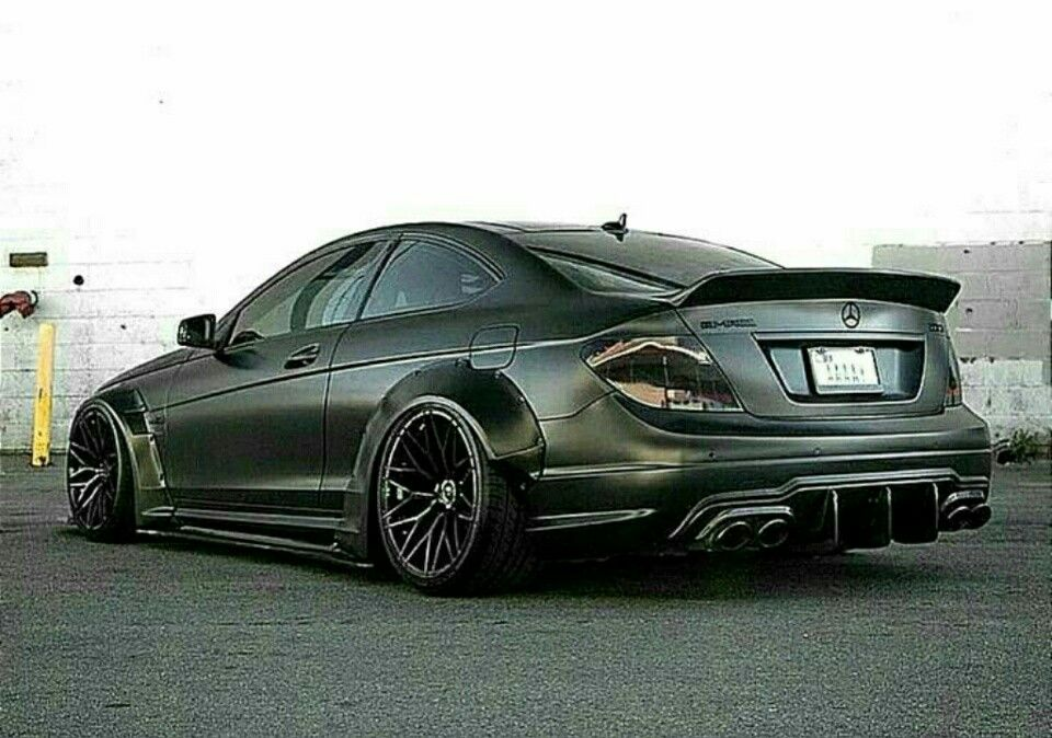 Mercedes C63 AMG by Liberty Walk | A+MOD & JDM (E