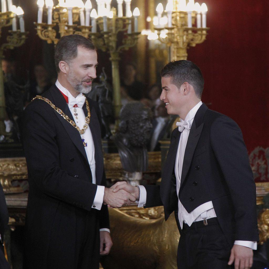 Ainhoa Spanish Porn james rodriguez photos photos: spanish royals host a dinner