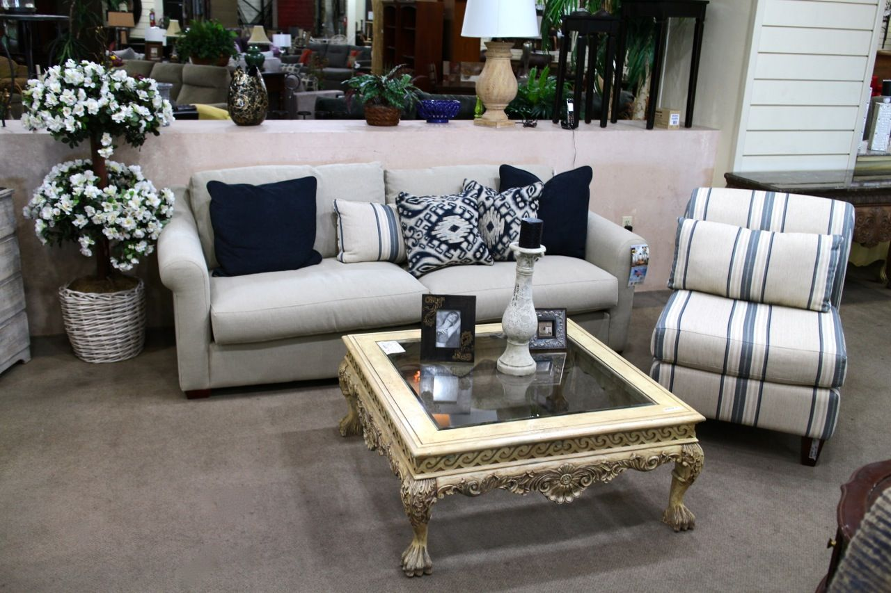 Sectional Sofas In Las Vegas Nv Latest Sofa Sets Klaussner And Accent Chair Colleen 39s Classic
