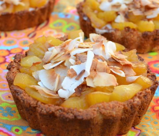 Vegan coconut and pineapple tartelettes