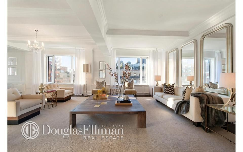 1045 Park Ave 15ab Co Op Apartment Sale In Carnegie Hill Manhattan Streeteasy Airy Room Home Tall Mirror