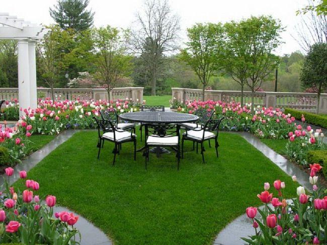 Modern Romantic Patio Garden Design Style with Beautiful Tulips ...