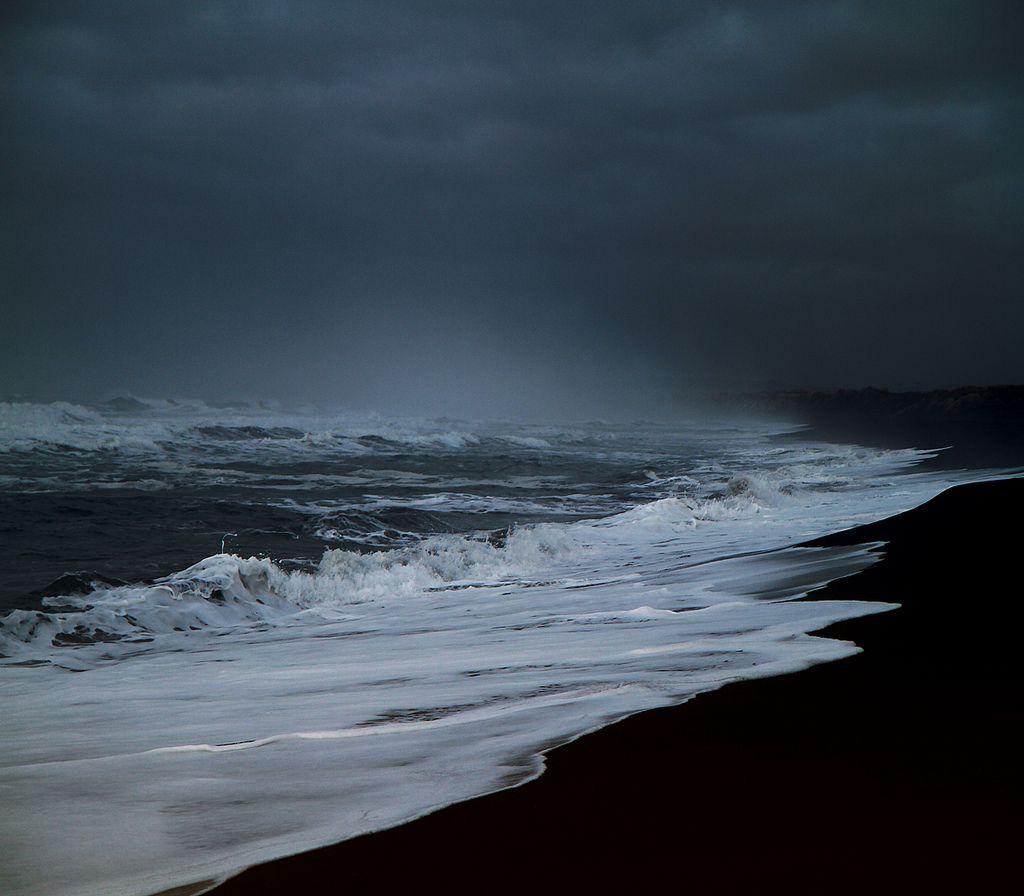 UmaCasaEmTróia (poisonwasthecure:   ©Sverrir Thorolfsson)