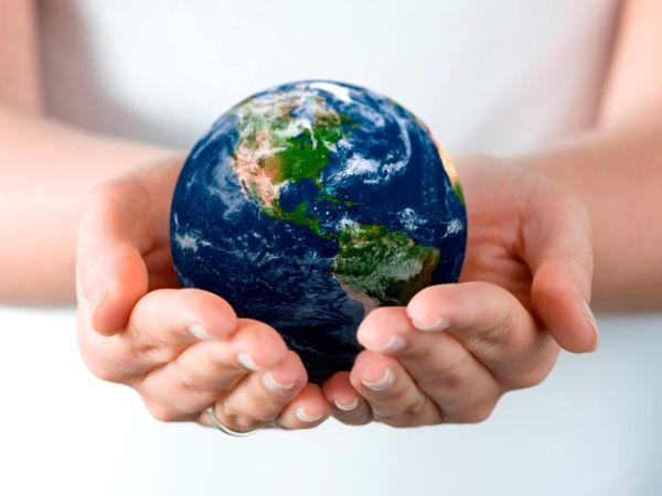 world-in-your-hands.jpg (600×450)