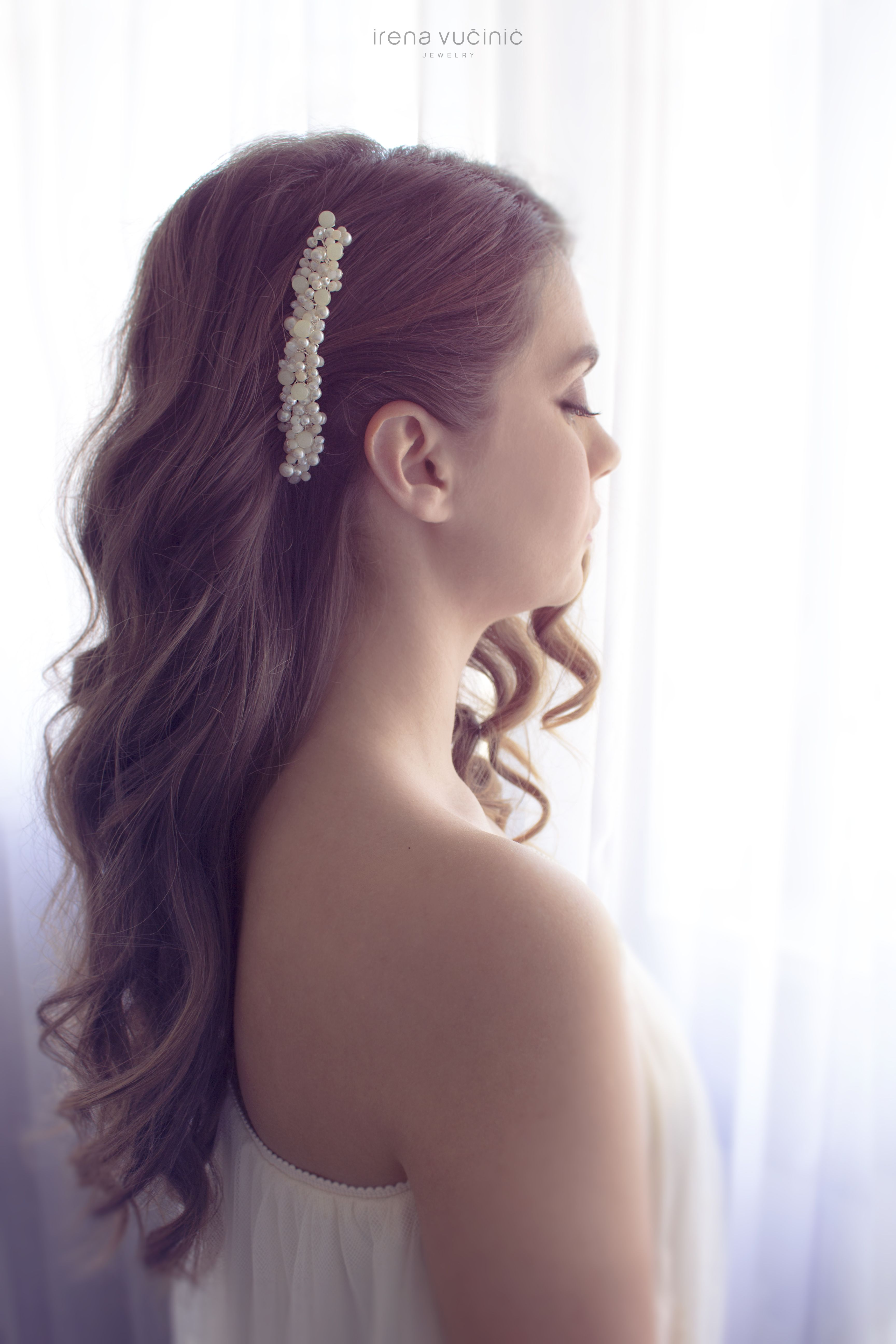 We love wedding hairstyles for long hair all the days of our lives
