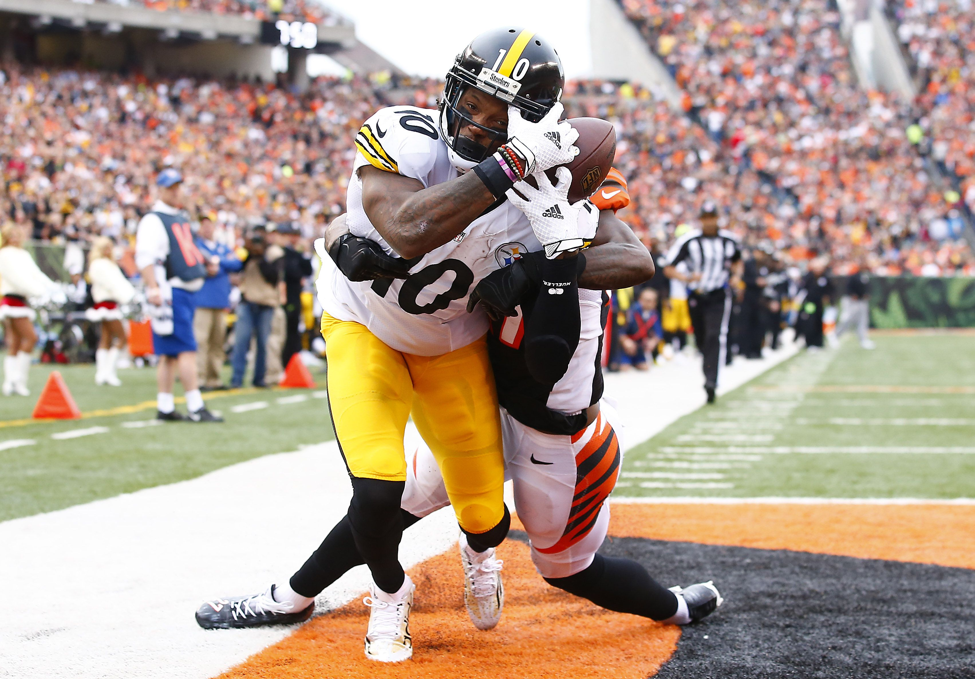 Behind the steel curtain commercial - Steel Curtain Martavis Bryant Nearly Comes Up With A Side Of The Helmet Grab In