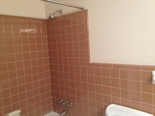 ideas to work with 1960s bathroom tile