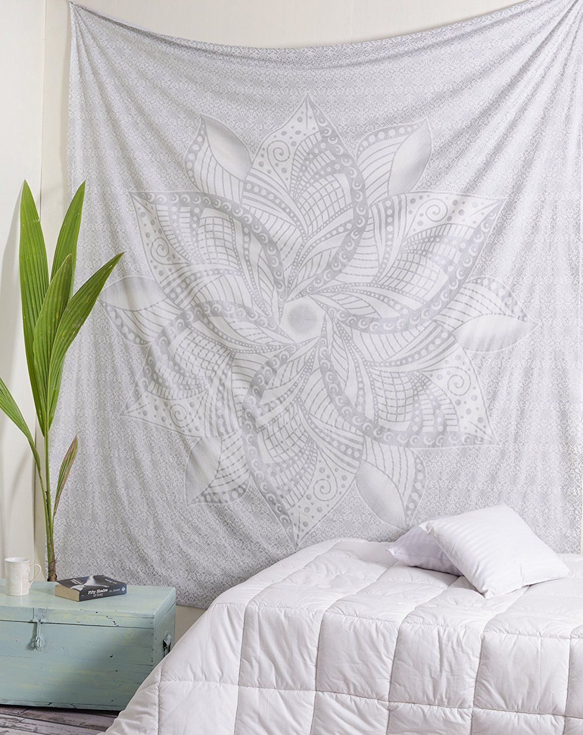 Popular Handicrafts Kp860 Queen Large Moon Ombre Silver Tapestry