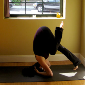 5 surefire ways to nail your headstand  a yoga sequence