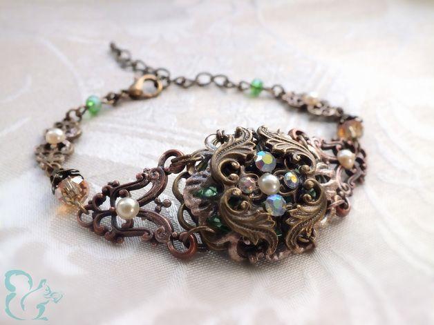 Romantisches Armband Gwendolin von Julihörnchen. #Schmuck #Armband #shabby #Fantasy