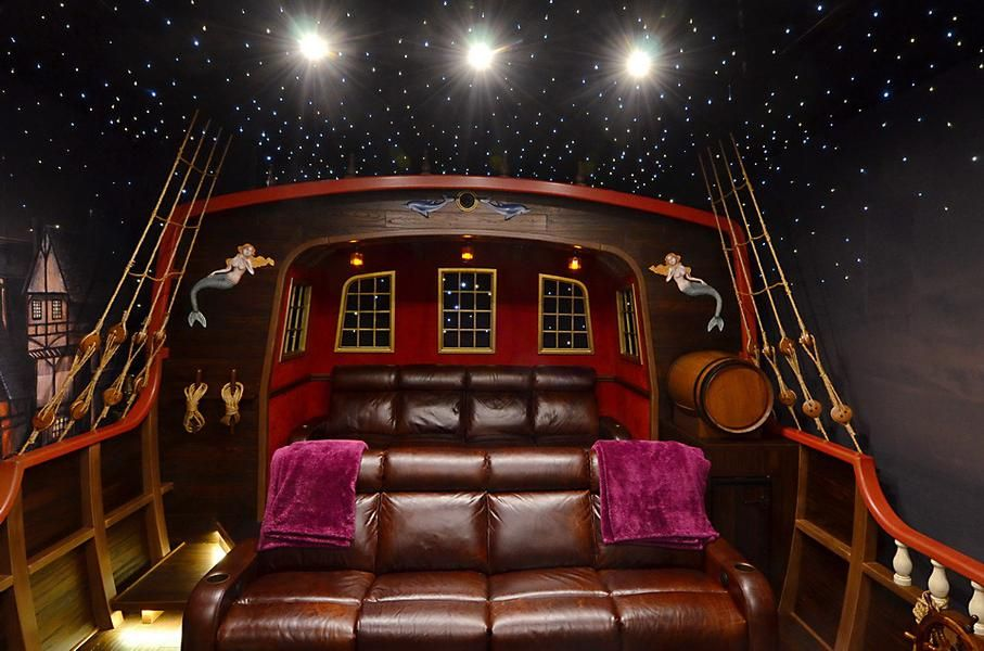 Pirate Ship Theater