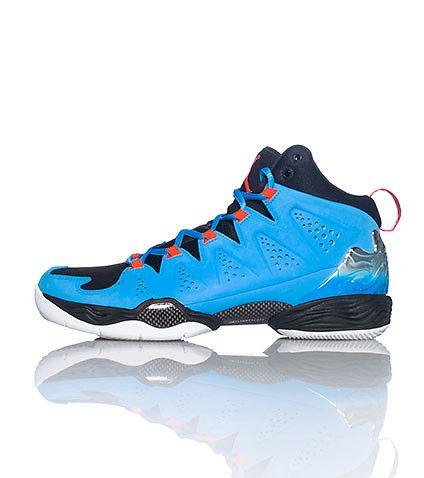 JORDAN Carmelo Anthony Mid to men s sneaker Lace up closure Padded tongue  with logo Cushioned inner sole for ultimate comfort 43630b98e