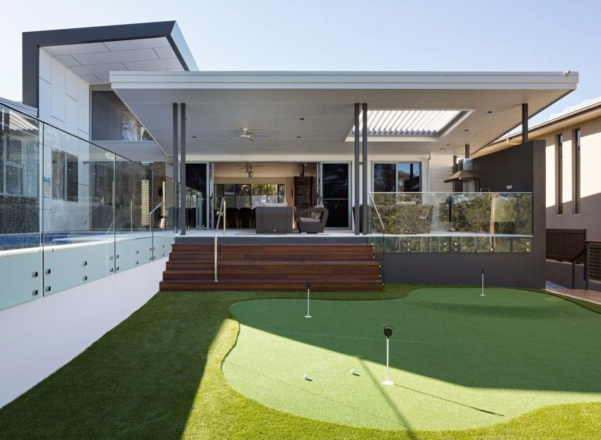 Modern Home Design Reflecting the Owners Personalities Golf House