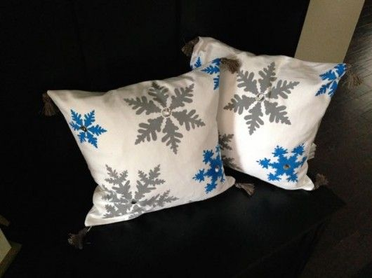 Learn How To Make DIY Winter Accent Pillows is part of Stenciled pillows, Winter diy, Snowman pillow, Diy pillows, Accent pillows, Christmas decor diy - Create DIY Winter Accent Pillows Using Snowflake Stencils Good morning, my crafty friends  By now your holiday decor has been taken down and stashed away until next year  Does your living room feel like it's missing something  Decorating your home with winter themed decor is an easy way to add p