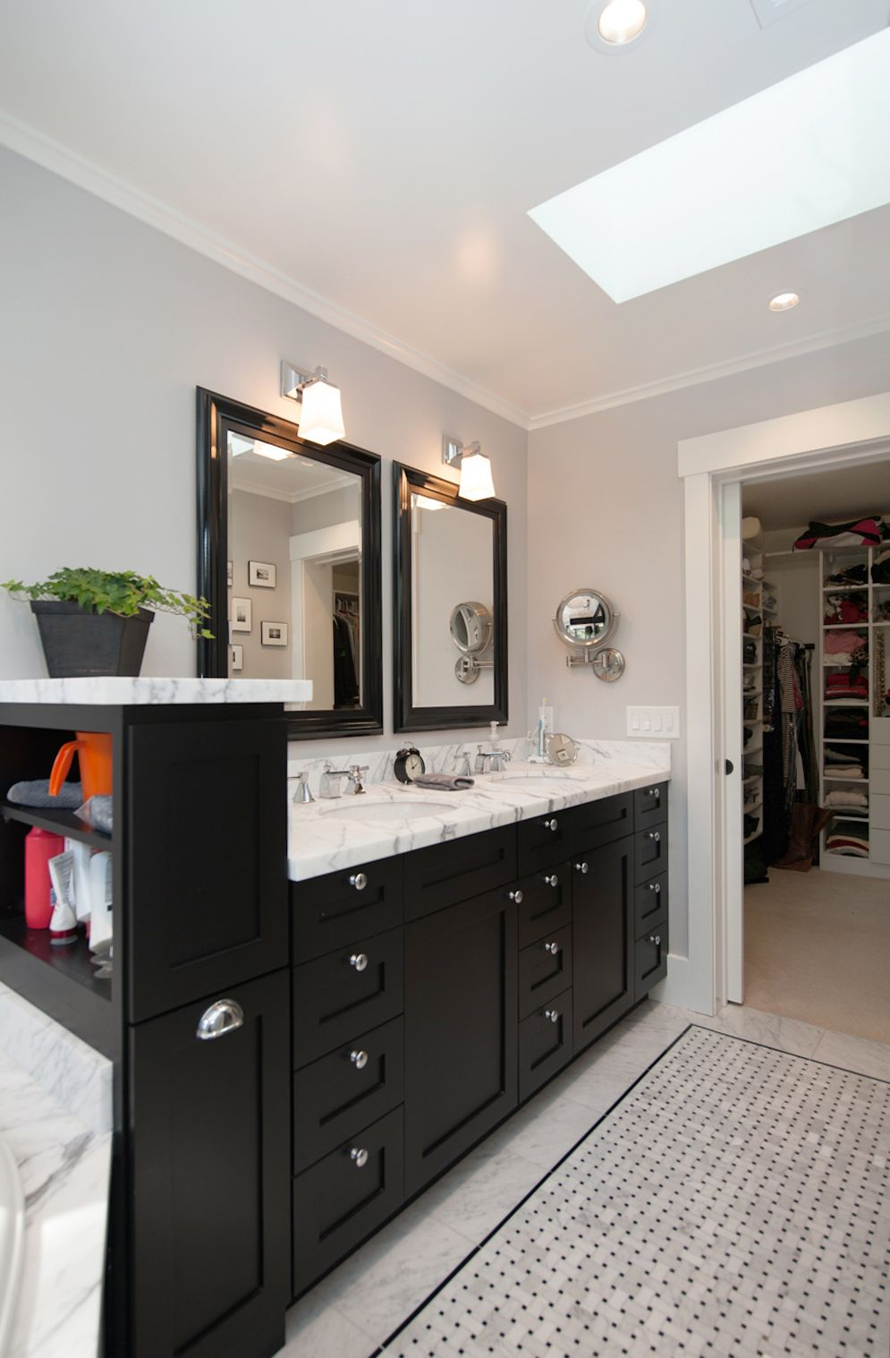 Masterbathroom like cabinet on the end small bathroom - Jack n jill bath ...