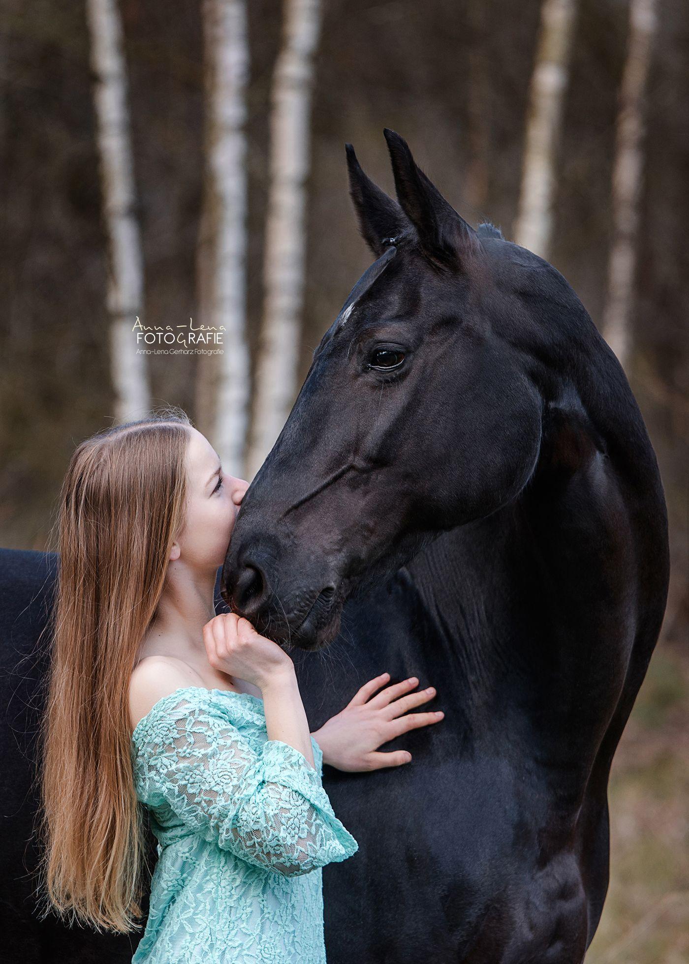 Pferd Rappe Rappstute Stute Pferde Liebe Madchen Kleid