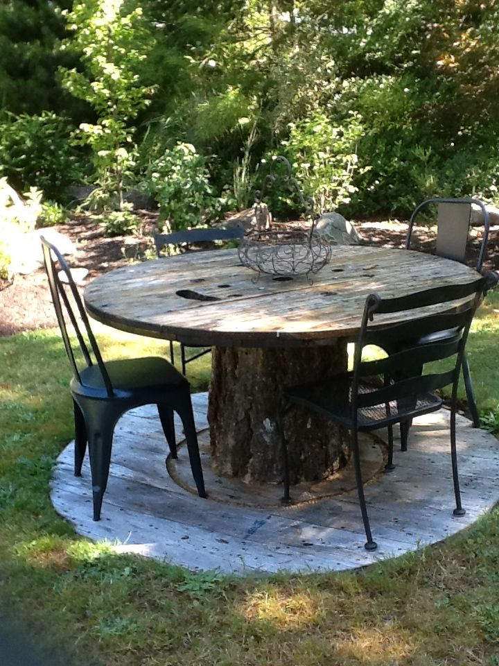 spool table gardening and outside decor spool rh pinterest com