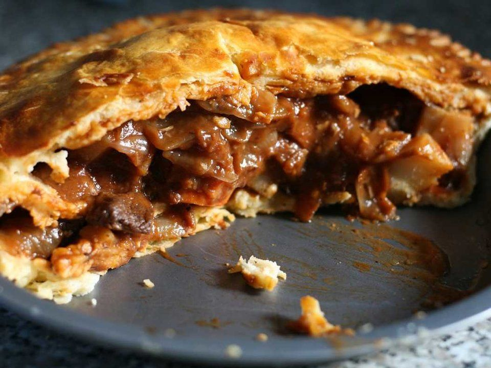 The Best Food You Can Eat In Every State | Onion pie, Beef ...