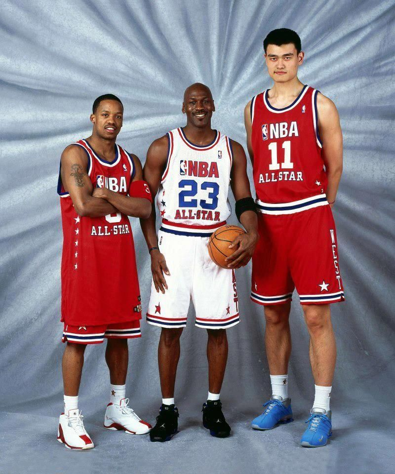 3a468ac77 MJ flanked by Steve Francis and Yao Ming at all star weekend in Houston.   SpaldingBasketballHoop