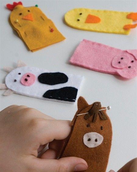 make your own felt farmyard finger puppets diy farmyard fun pinterest fingerpuppen. Black Bedroom Furniture Sets. Home Design Ideas