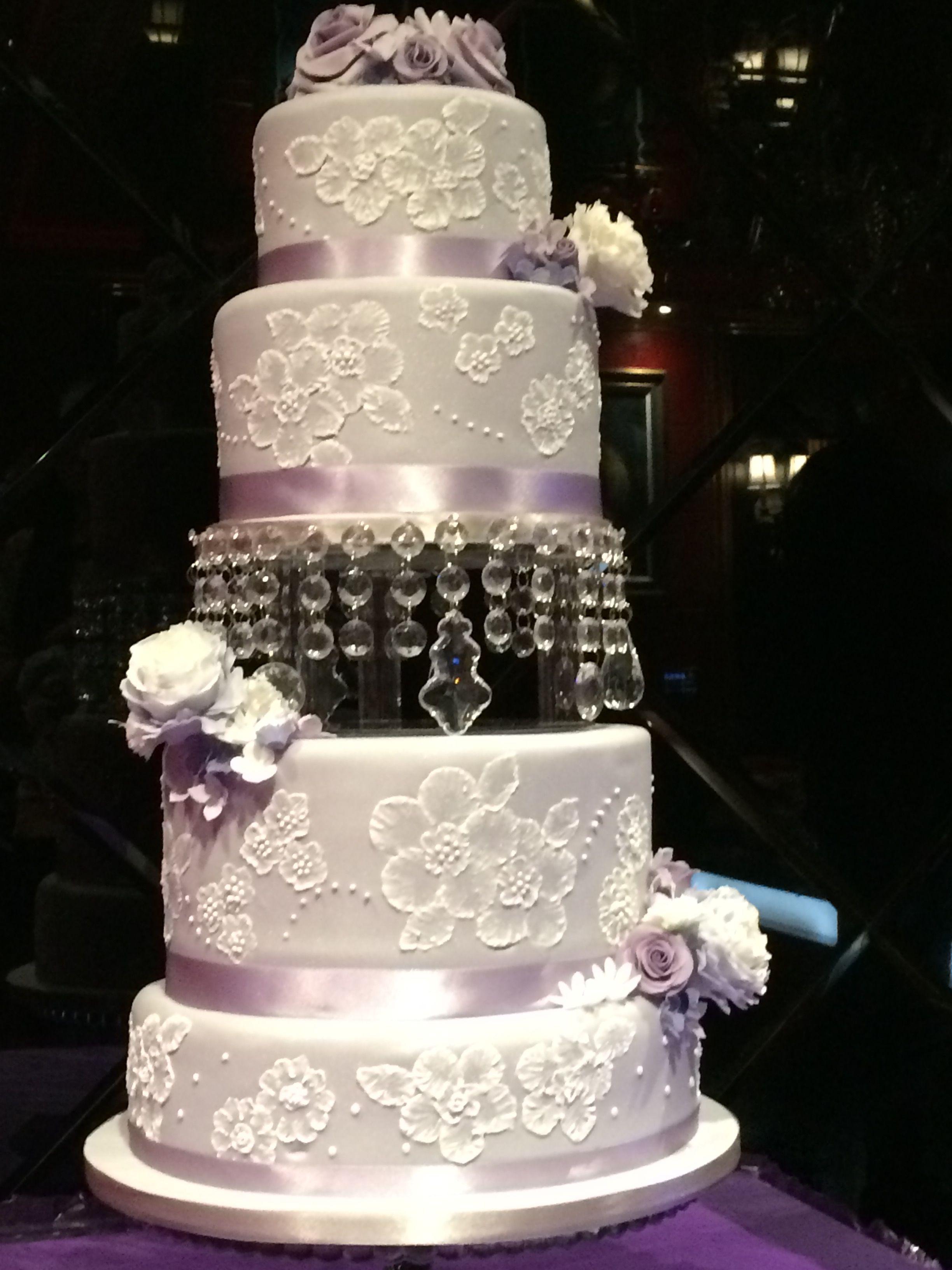 Pin by Mirriam GARRISON on My Cakes Cake, Sugar flowers