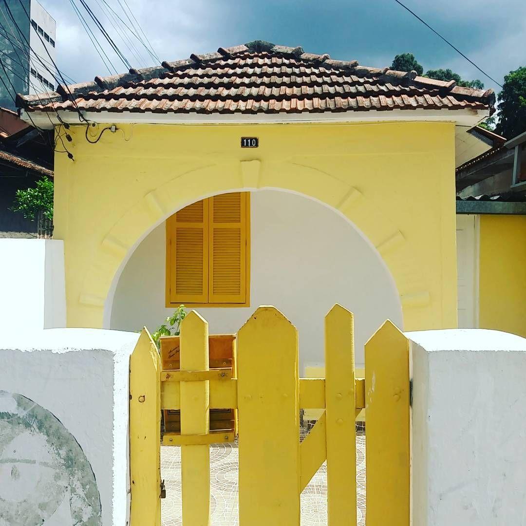 vila beatriz | são paulo  #yellow #amarelo #casinhasp #colors🎨